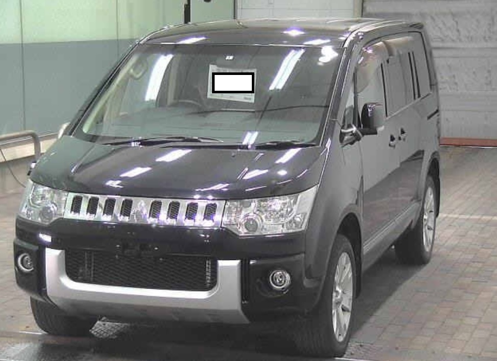 2010 Mitsubishi Delica D5 4WD G Power Package