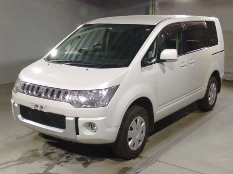 2012 Mitsubishi  Delica D5 G Power Package