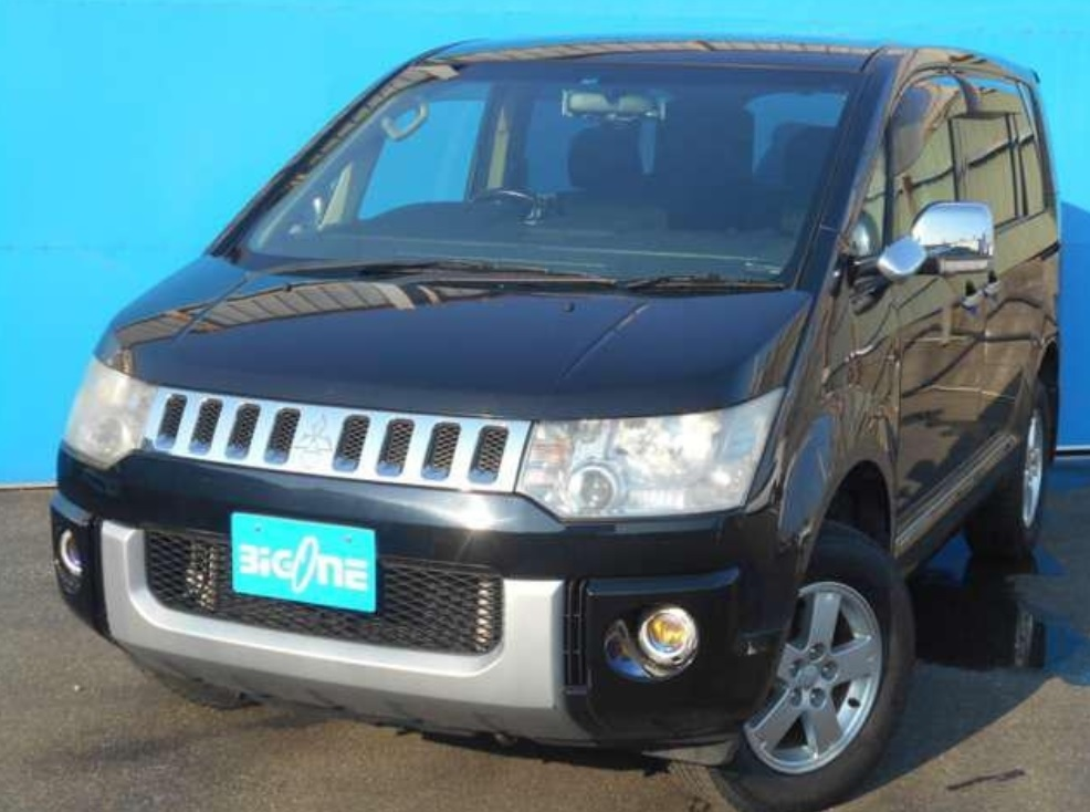 2008 Mitsubishi Delica D5 2.4 Power Package 4WD